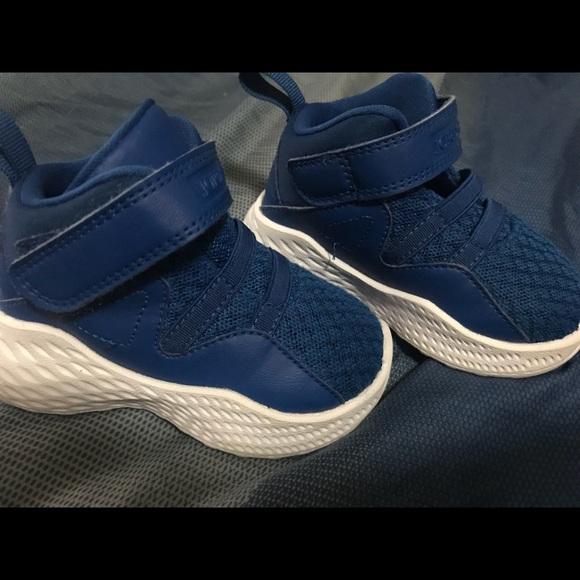 sports shoes a1d9d 575e0 Baby Blue Jordan 12